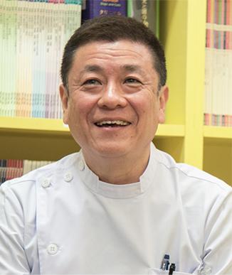 中郷どうぶつ病院  院長 柴田  博人